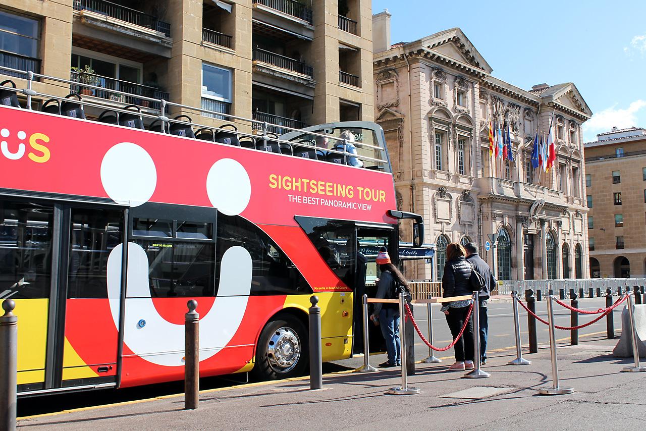 Circuit-touristique-bus-marseille-colorbus