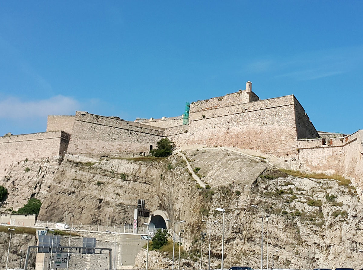 Fort Saint-Nicolas de Marseille • Lieu Emblématique • Colorbüs