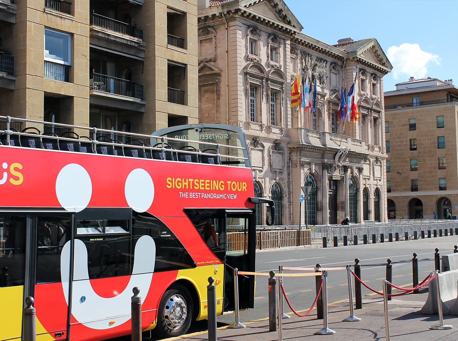 Hôtel de ville de Marseille • Lieu Emblématique de Marseille • Colorbüs