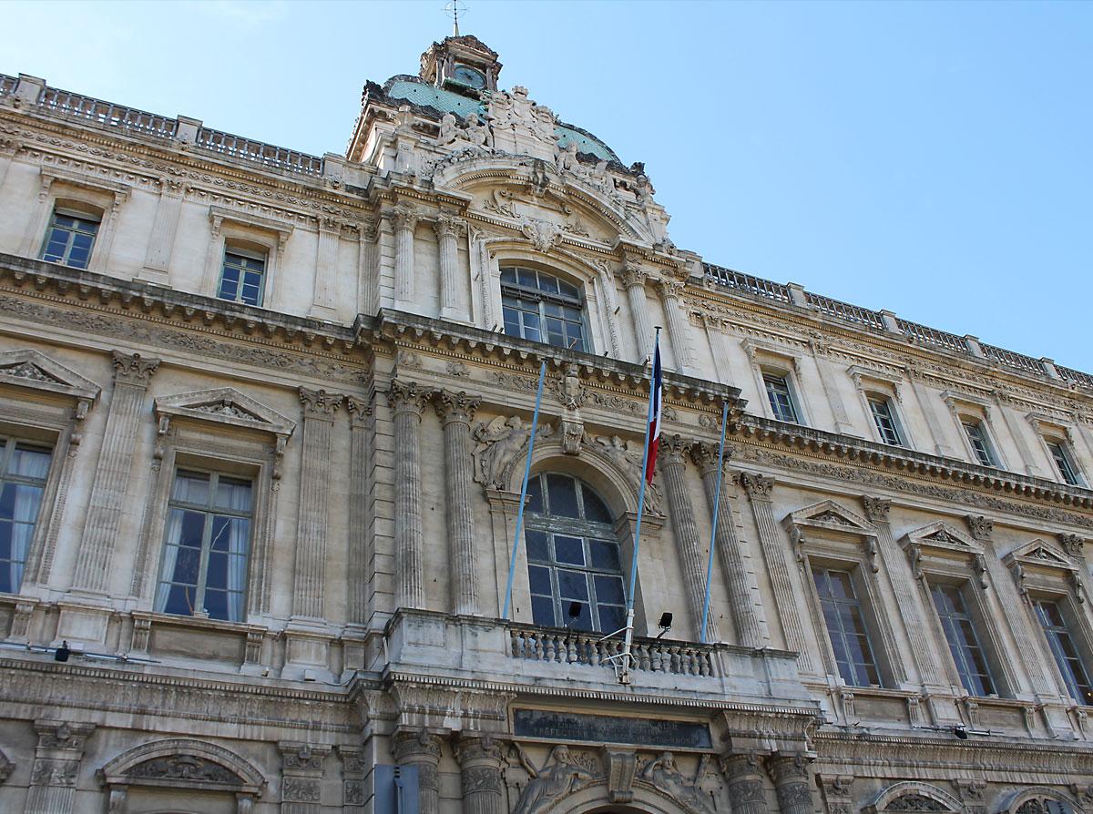 Préfecture des Bouches-du-Rhône de Marseille • Lieux Emblématiques • Colorbüs