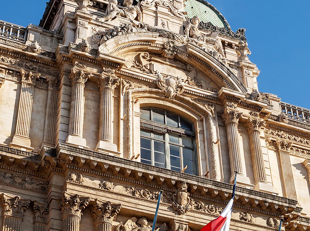 Palais de la Préfecture des Bouches-du-Rhône de Marseille • Lieux Emblématiques • Colorbüs
